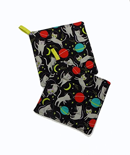 Cats In Space Pot Holder Set Of 2 by Trinnyella