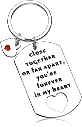 Best Friend Keychain Friendship Gifts for Women Men Birthday Present for BFF Sisters Keyring Long Distance Gifts for Him Couples Her Going Away Gifts for Mom Dad Boyfriends Girlfriends