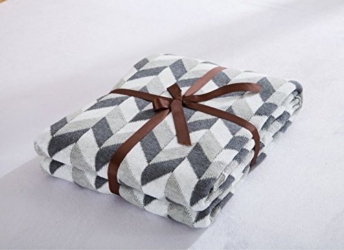 [Luxurious Crocheted Knitting Throw Blankets Super Soft Warm Grey and White Plaid Patterned Household decorative sofa blankets –] (Super Deluxe Noble King Costumes)