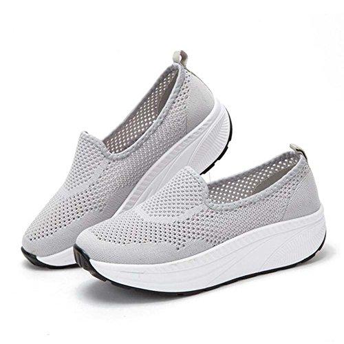 Zapatos atléticos de la Cuña de Las Mujeres Que vuelan los Zapatos Que agitan del Verano Zapatos Corrientes Gruesos del Paso Hueco Respirable Tamaño 35-40 Gris