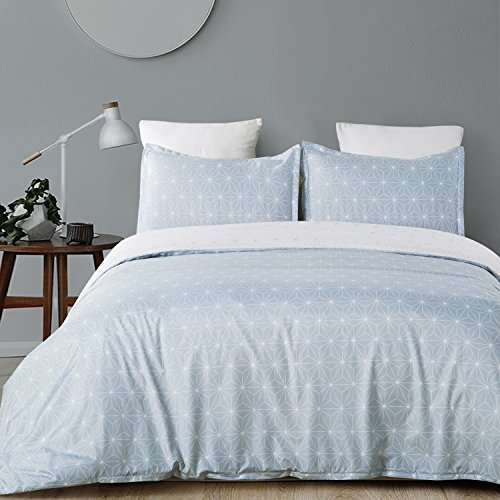 Vaulia Lightweight Microfiber Duvet Cover Set, Geometric Pattern Design, Blue and White Reversible Color - King Size