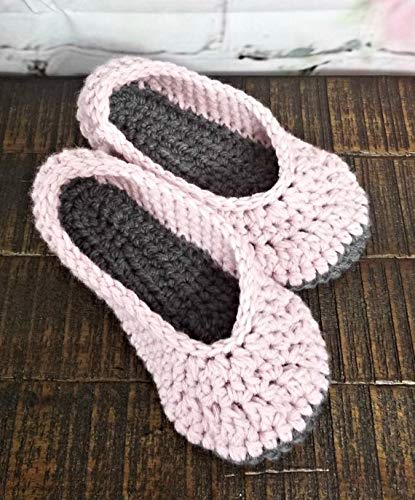 cab0647a11db8 Amazon.com: Womens pink and gray handmade slippers: Handmade