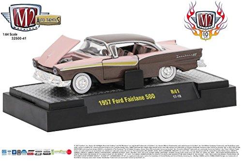 M2 Machines Auto Thentics 41 10th Anniversary 1:64 1957 Ford Fairlane 500 (500 Ford Fairlane)