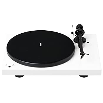Pro-Ject Debut III Record master Turntable