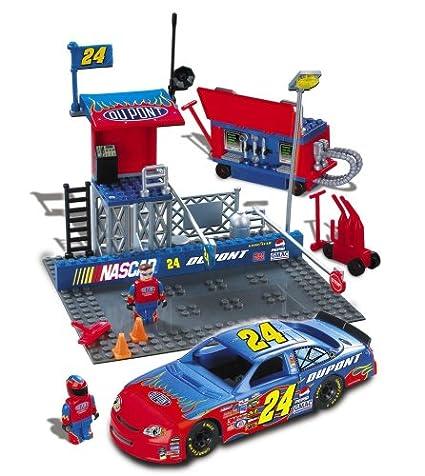 Amazon com: Mega Bloks - Probuilder NASCAR Pit Stop -#24 Jeff Gordon