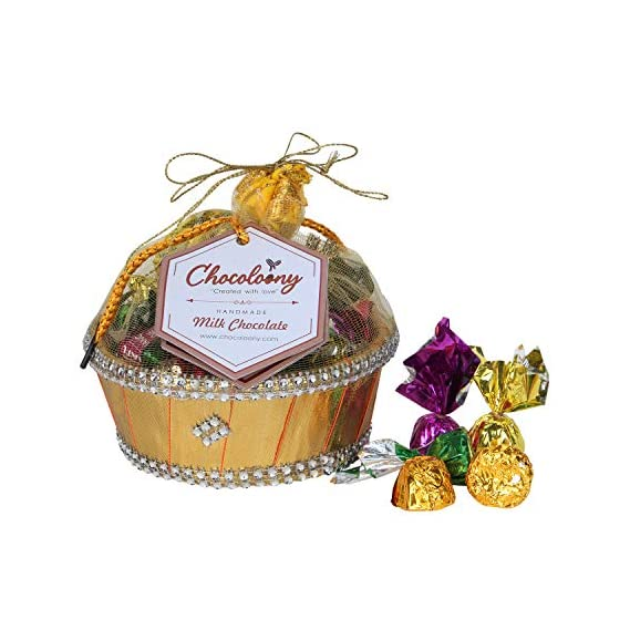 Chocoloony Chocolate Gift Hamper Basket with 20 pcs Milk Chocolate (120gm) for Gift Sister, Wife and Girlfriend