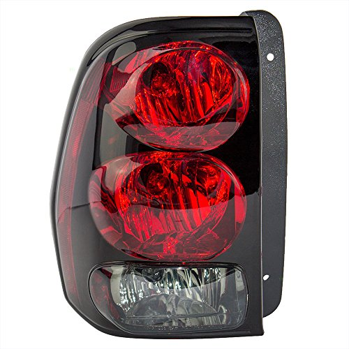 Drivers Taillight Tail Lamp with Connector Plate Replacement for Chevrolet SUV ()