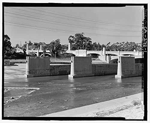 Venetian Masks Los Angeles (Photo: Glendale Hyperion Viaduct,Los Angeles,California,CA,HABS,I-5 Freeway,1)