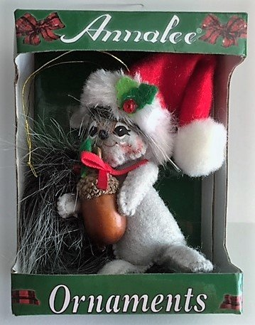 annalee 3 christmas present squirrel ornament - Annalee Christmas Decorations