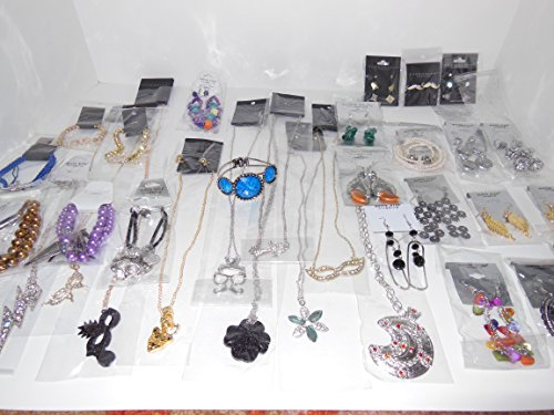 Closeout 200 Items Assorted Fashion Jewelry Wholesale Lot for Variety