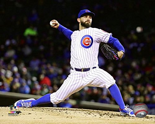 """Tyler Chatwood Chicago Cubs 2018 MLB Action Photo (Size: 8"""" x 10"""")"""