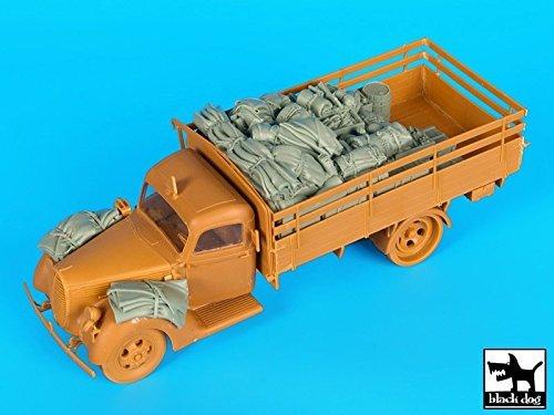 ブラック犬1 : 35フォードG 917 LKW German Truck Stowage & Accessories for Icm # t35167 B01FMNBRBK