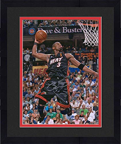 Framed Dwyane Wade Miami Heat Autographed 16