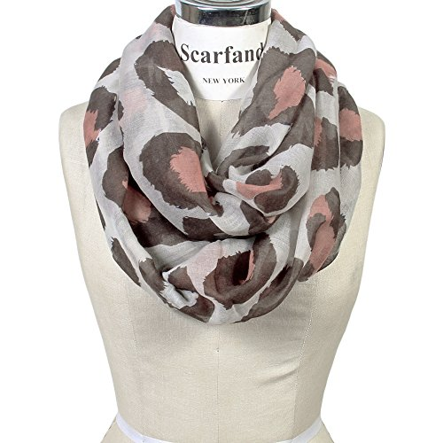 Scarfand's Classic Leopard Print Infinity Scarf (Pale Print Pink Spot)