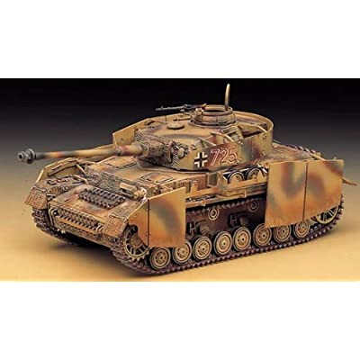 1/35 Panzer IV Aust.h with Armor 13233 (1327) - Plastic Model Kit: Toys & Games