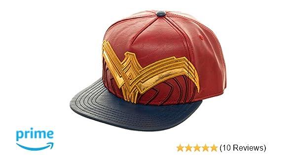 71c2d7499dcc5f Amazon.com: Wonder Woman Suit Up Applique Snapback Baseball Hat Red:  Clothing