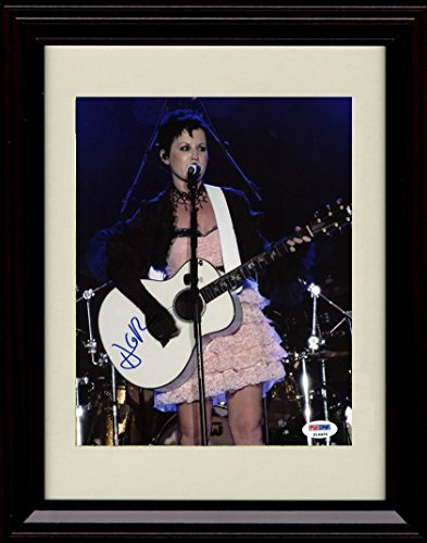 Framed Dolores O Riordan Autograph Replica Print – On Stage – Cranberries
