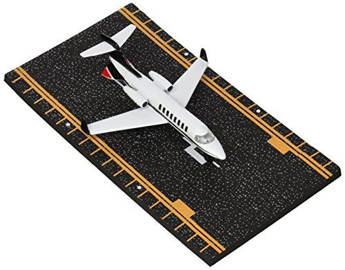 Hot Wings Private Jet with Connectible Runway ()