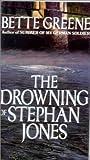 """""""The Drowning of Stephan Jones"""" av Bette Greene"""