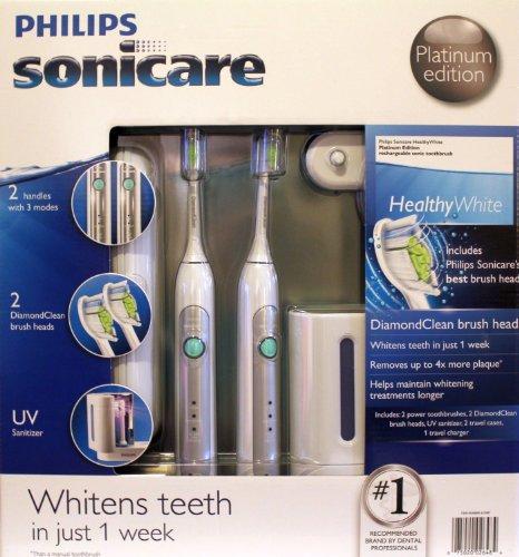 Philips Sonicare HX6733 / 90 HealthyWhite 3 Mode Platinum Edition Brosse à dents rechargeable 2-Pack Bundle (2 brosses à dents électriques, 2 chefs DiamondClean Brosse, 1 assainisseur UV avec chargeur intégré, 1 chargeur Voyage, 2 cas de voyage)