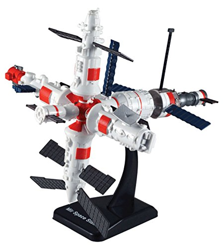 MIR Space Station Scale Model Kit (Kit, assembly required) ()