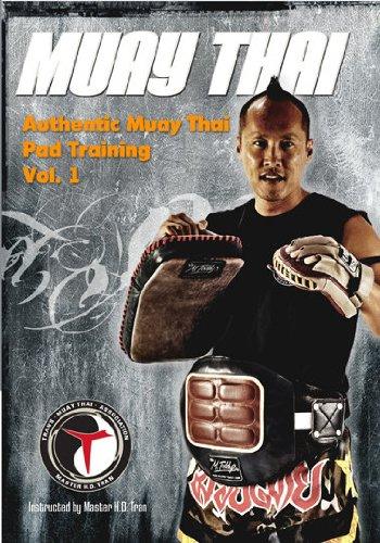 (Authentic Muay Thai Pad Training)