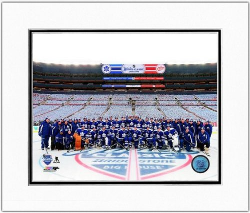Toronto Maple Leafs 2014 Winter Classic Team Photo 11