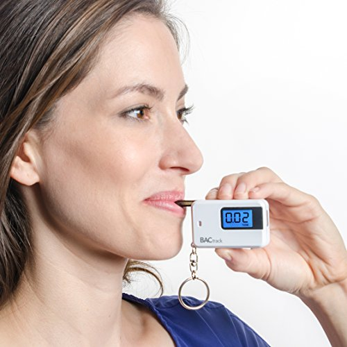 BACtrack-Go-Keychain-Breathalyzer-Portable-Keyring-Breath-Alcohol-Tester-White