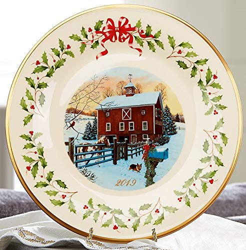 Lenox 2019 Annual Holiday Collectors Plate Outdoor Barn Horse Dog Cardinal 24 K gold Made in USA Fine China New