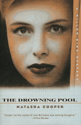 book cover of The Drowning Pool