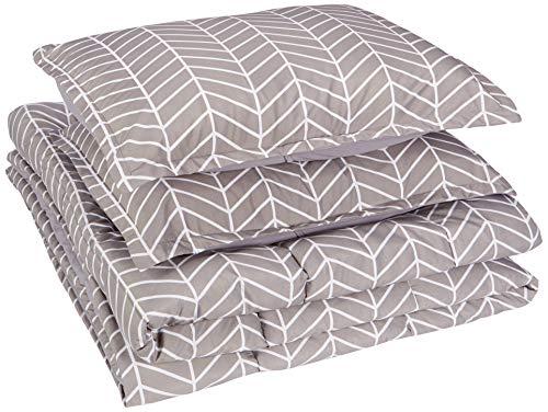 AmazonBasics Comforter Set, King, Grey Chevron, Microfiber, Ultra-Soft (Chevron King Comforter Size)
