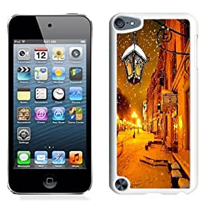 Beautiful Unique Designed iPod Touch 5 Phone Case With Moscow Winter At Night_White Phone Case