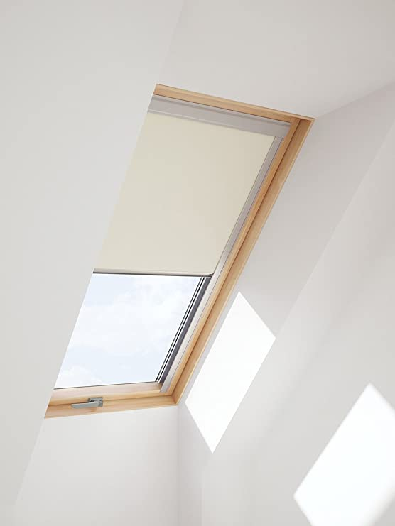 store velux m04 velux m store manuel pliss x with store velux m04 great volet roulant solaire. Black Bedroom Furniture Sets. Home Design Ideas
