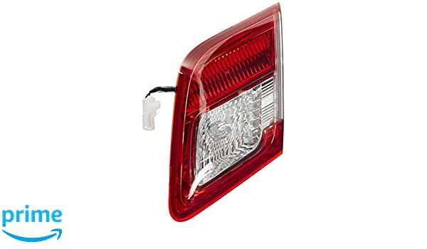 Genuine Toyota Parts 81580-06230 Passenger Side Taillight Assembly Inner