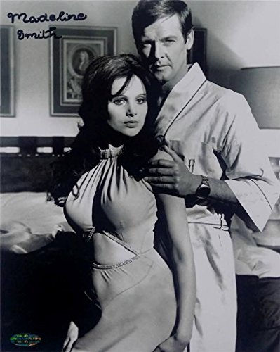 Madeline Smith Signed 8x10 Photo Miss Caruso James Bond Girl OC Dugout Holo OC4 ()
