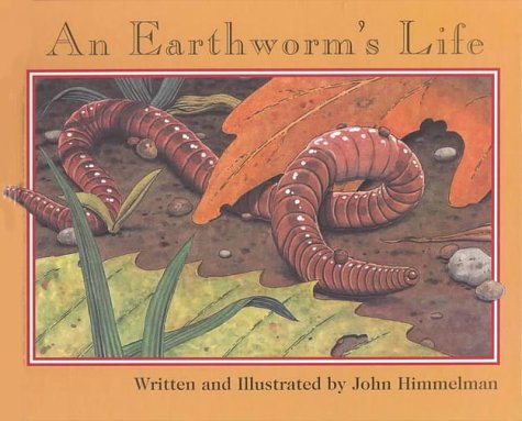An Earthworm's Life (Nature Upclose) PDF
