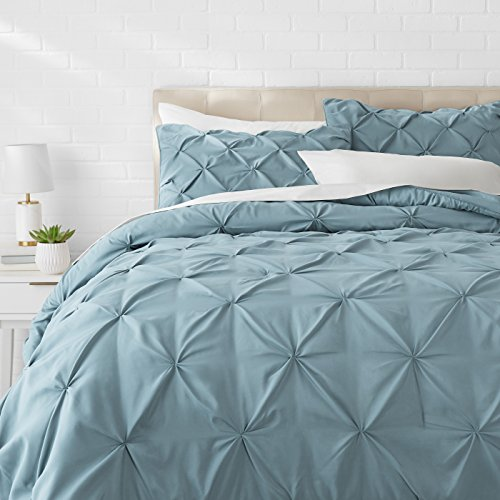 (AmazonBasics Pinch Pleat Comforter Bedding Set, Full / Queen, Spa Blue )