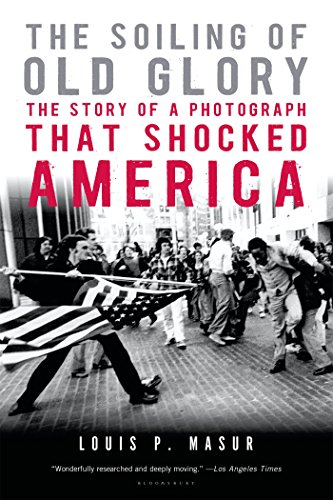 [The Soiling of Old Glory: The Story of a Photograph That Shocked America] (Old Wigs)