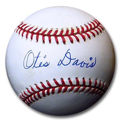 Otis Davis Signed Autographed Official NL Baseball Brooklyn Dodgers Beckett COA