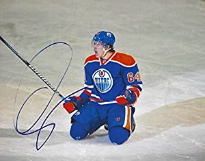 Autographed Nail Yakupov 8x10 Edmonton Oilers Photo