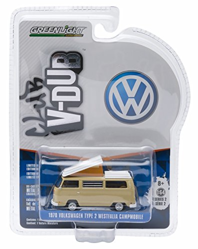 1970 VOLKSWAGEN TYPE 2 WESTFALIA CAMPMOBILE (Savannah Beige) * Club V-Dub * Series 2 Greenlight Collectibles 2015 Limited Edition Vee-Dub 1:64 Scale Die-Cast ()