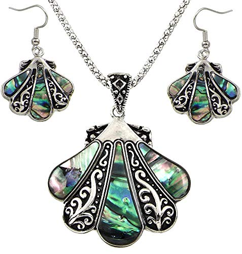 (DianaL Boutique Gorgeous Seashell Pendant Necklace and Earrings Set with 24