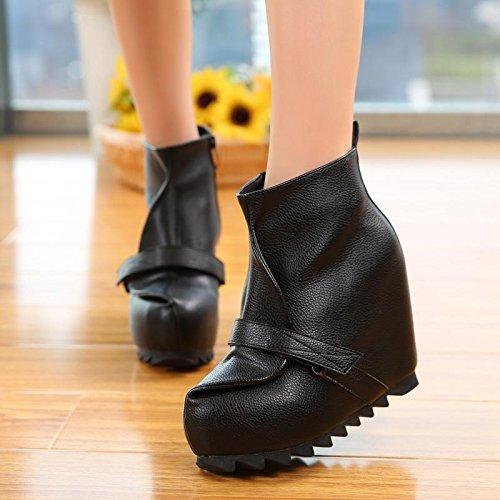 LvYuan Botas del tobillo de las mujeres / cuero de patente / oficina y carrera / talón alto de la cuña / comodidad / zapatos planos al aire libre del flatform Black