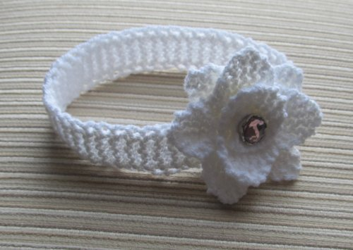 Knitting Pattern White Headband with a Rose 0-12 Months +