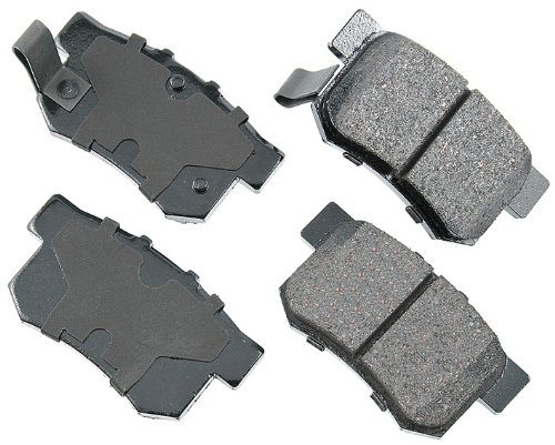 Akebono ACT537 ProACT Ultra-Premium Ceramic Brake Pad Set ()