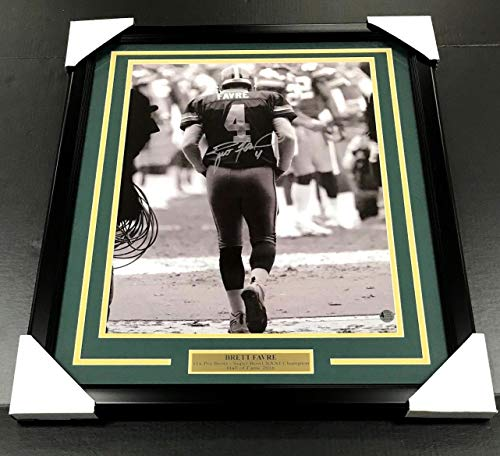 Framed 16x20 Photo (BRETT FAVRE TUNNEL AUTOGRAPHED SIGNED 16X20 PHOTO FRAMED COA GREEN BAY PACKERS)