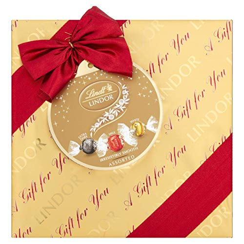Lindt Lindor Gift Wrapped Assorted Chocolate Truffles Box 287g