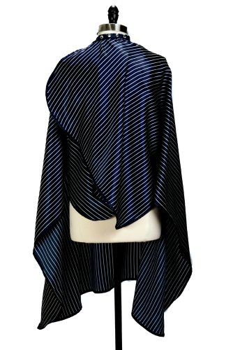 Linear Liam Cover N Style Haircutting Cape Blue And White