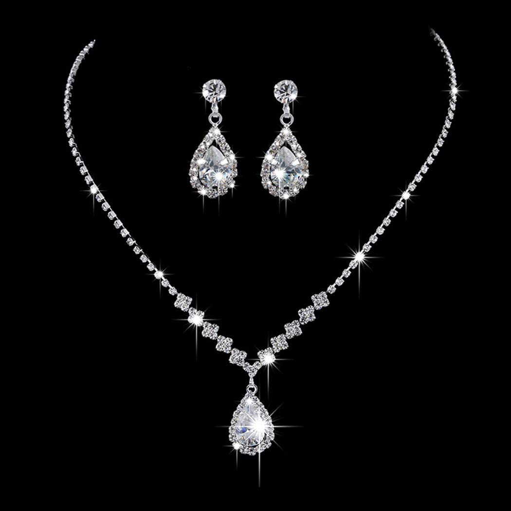Necklace and ear rings set