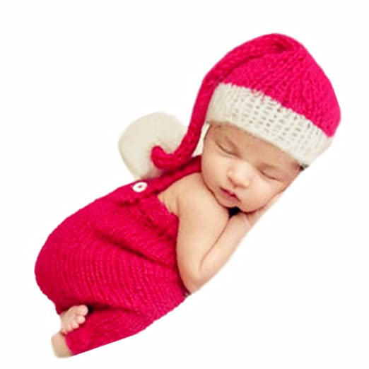 833a8bbcf53 Amazon.com  Newborn Baby Christmas Santa Photo Props Boy Girl Photo Shoot  Outfits Crochet Knit Hat Shorts Photography Props Red and White  Clothing